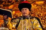 康熙皇帝身患疟疾£¬御医劝他不要服西药£¬病好后£¬御医被流放