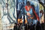 大陸八十年代的電影院:超人海報很搶眼