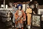 越南的传统服饰奥黛��与中国的旗袍��到底有多少历史关联��