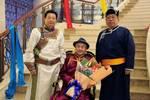 培养11名硕士研究生8名博士研究生的蒙古族教授