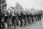 鏡頭下清末第一批剪去辮子的軍人,出訪美國紐約,展現清軍軍威