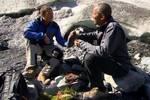 """""""網紅""""奧巴馬進軍好萊塢拍大片,出自傳、發新歌、上綜藝,退休后的他徹底放飛自我!"""