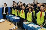 新疆喀什莎车县第二中学学生用歌声和祝福欢度国庆