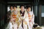 日本天皇的妃嫔阁里,为啥不住女人?与中国皇帝有啥不同?