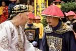 小孩在街上攔住皇帝:我是你流落民間的皇孫,皇帝卻下令掐死他