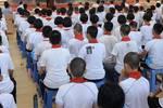 """福州一学生投诉""""初高中要求统一发型"""":应当有自我选择机会"""
