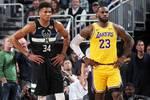 重磅!3场比赛被取消 球员协会再发难 NBA联盟如何应对?