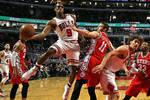 假设一个人场均打18分钟4分4篮板10助攻0.8抢断0.6盖帽,能算超巨吗?