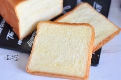 告别馒头面包,做好这一点就能揉出手套膜,成功烤出好吃的吐司