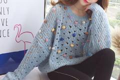 温柔甜美的的针织衫,很适合浪漫的秋季穿搭哦!