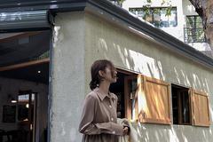 复古文艺风格的连衣裙,穿上给人一种大气温柔的感觉!