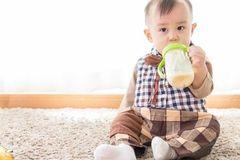 配方奶粉喂养遭遇4大麻烦,怎么破?