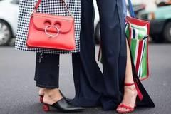 时尚圈流行的开叉裤了解下 好穿还能显腿长