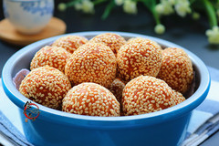 南瓜最完美的吃法,软糯筋道金灿灿,满口芝麻香,老人孩子都喜欢!