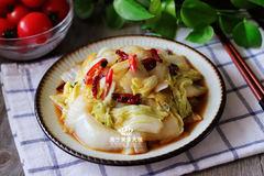 """这菜是""""中华第一神菜"""",8毛钱一斤,鲜甜营养,常吃提高免疫力"""