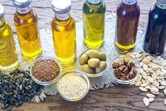 炒菜到底用菜籽油还是花生油?原来它们区别这么大……