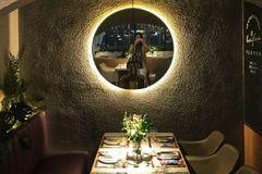 武汉最美的花园餐厅,竟藏在商圈里,又是闺蜜聚会,自拍party的好去处!