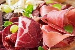 """这8类食物吃多了,当心减寿!记住三个""""九"""",健康又延寿!"""