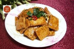 豆腐别再炖煮了,这么做简单又好吃,全家人都非常喜欢吃!