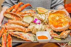吴秀波、罗晋最爱的海鲜烧烤店!3000元一只的帝王蟹预约才能吃到!