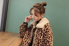时尚潮流范的皮毛一体外套,这样穿显得个性十足哦!