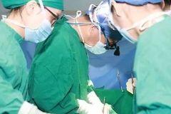 【提醒】6人紧急手术,全是年轻男性!医生惊呼:90后都得这病了