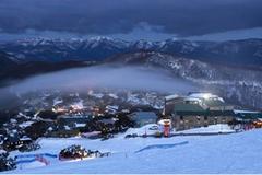 冬天这场说走就走的旅行,你想去哪个冰雪小镇?