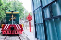 南宁也有蒸汽小火车了,这个聚集各种网红游乐设施的古村落景区美爆了!
