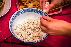 吃泡馍不要去回民街,陕西人对吃的仪式感令游客直呼长见识