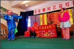 将近千年的云南花灯戏,讲的都是老百姓的小故事,接地气又感人