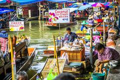 泰国第一个水上市场丹嫩沙多,即使一百五十多年仍然质朴好客