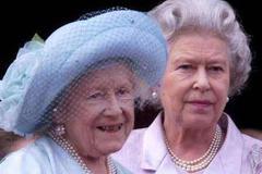 王太后非常宠爱女王,但她有一样东西,直到去世也不舍得送给女王