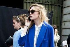 要漂亮 穿点蓝,气质又chic!