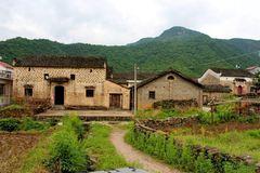 安徽大山深处藏着一座千年古村,村民大多姓金,祖先身份特别