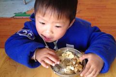 积食不只是影响吃饭,孩子积食阻碍发育,家长别疏忽!