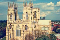 英国留学:约克大学奖学金来了!最高可10000英镑学费减免!