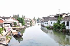 地处江浙沪中间的小镇,地理位置得天独厚,旅游资源异常丰富!
