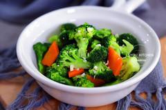 清爽脆嫩的凉拌菜,平时常吃,刮油助消化,大肚腩越来越小