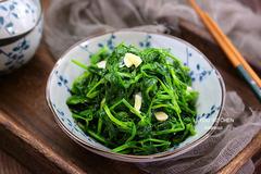 翻炒几下就熟的绿色小炒,清肠助消化,补维生素,好处多多