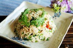 古时它是皇帝菜,用来拌豆腐,清香营养,开胃小菜非他莫属