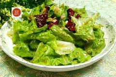 生菜不要再炒着吃了,这样做更健康,更美味,减肥的最佳选择!