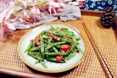 春天多给孩子吃这菜,它补钙比鸡肉强7倍,孩子常吃长个,身体壮!