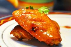 教你在家自制蜜汁鸡翅,鸡翅鲜香入味,香浓可口,做法还超简单!