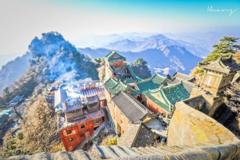 中国最圈钱的山峰,年收入高达55亿元,游客:值!