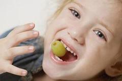 宝宝乳牙出了这种问题,就算换完牙也难搞!
