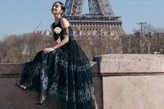 气质的黑色连衣裙来了 优雅时尚还有点小性感