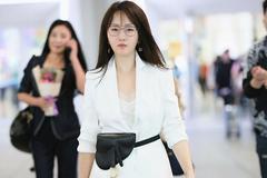 """杨钰莹新造型""""火""""了,七分阔腿裤穿成五五分,158cm的身材真实"""