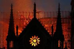 巴黎圣母院大火,Gucci爸爸慷慨捐1亿欧元