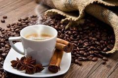 """经常喝""""速溶咖啡"""",后果绝不仅是变胖而已,有3种人坚决不能喝"""