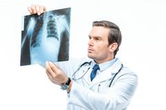 吸烟后四件事不要做,你离癌症会很近,长寿的人都有三种好习惯